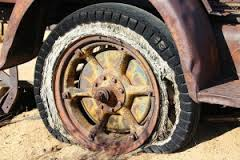 old_rusted_tire.jpg